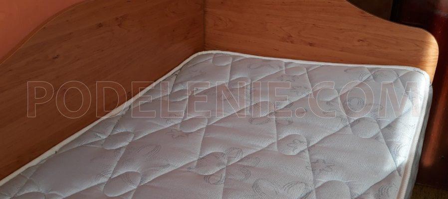 Бригада в Перник за изхвърляне на стар диван