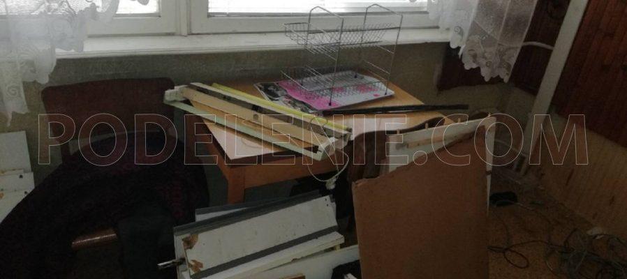 Превозване и пренасяне на мебели от София до Търговище